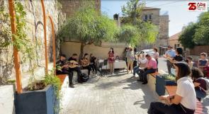 """"""" زاوية عامة """" في البلدة القديمة برام الله ... مساحةٌ آمنة وشاملة للجميع"""