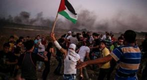 الاحتلال يستهدف المتظاهرين على طول السياج الفاصل شرق غزة