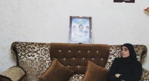 """"""" ام بكر الحصري"""" .. قلبٌ موزّع بين سجون الاحتلال وسجن الحائر السعودي"""