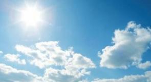 أجواء غائمة جزئياً معتدلة في المناطق الجبلية وحارة في بقية المناطق