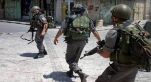 بيت لحم: الاحتلال يستدعي 3 مواطنين من مخيم الدهيشة