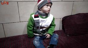 الطفل إبراهيم يصارع المرض وحيدا في غزة.. ووعود تحويله للعلاج لم تتحقق بعد!