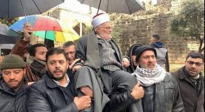 فيديو | خطيب المسجد الأقصى عكرمة صبري يكسر قرار إبعاده ويدخل المسجد