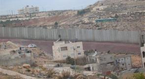 الاحتلال يواصل عزل مخيم شعفاط وراس خميس