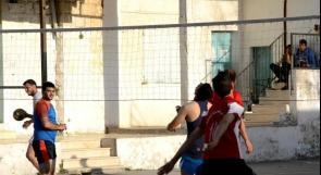 """خاص لـ """"وطن"""": بالفيديو.. طولكرم: فريق كرة طائرة يفوز بـ""""الوصيف"""" رغم ضعف الإمكانيات"""