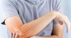 قلة النوم تزيد خطر إصابة النساء بهشاشة العظام