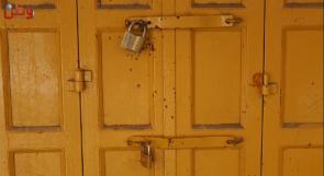 """""""دكاكين"""" عمرها عشرات السنوات مهددة بالإغلاق في البلدة القديمة بالخليل.. وأصحابها يناشدون الحكومة عبر وطن لدعمهم"""