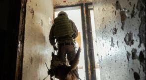 """وحدة """"عوكتس"""" المخصصة للكلاب في جيش الاحتلال تنهي تدريبات عسكرية استمرت أسبوعاً"""