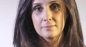 """نادية حرحش تكتب لـ""""وطن"""": عزيزي الفنان الملتزم (بفنه) ..التزم الابتعاد عن السياسة"""