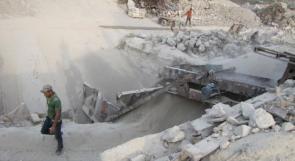 """خاص لـ""""وطن"""": بالفيديو.. غزة: ركام المباني المدمرة بديل معامل الطوب عن """"الحصى"""""""