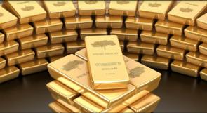 تدني سعر الذهب بسبب ارتفاع الدولار