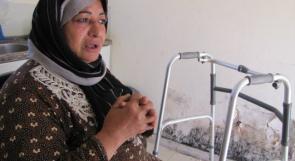 """خاص لـ""""وطن"""": بالفيديو.. غزة: """" ام هاني"""" ستينية تعيش وحيدة في كرفان"""