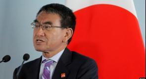 الرئيس يمنح وزير الدفاع الياباني وسام النجمة الكبرى من وسام القدس