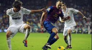 بالصور.. برشلونة يمارس هوايته في الريال
