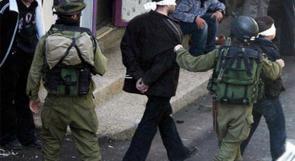اعتقال مواطن في الخليل