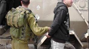 قوات الاحتلال تعتقل شابين من نابلس