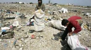 أطفال 'ينبشون' النفايات الخطرة في المكبات العشوائية ويصابون بالحروق والاختناقات والأمراض الخطيرة