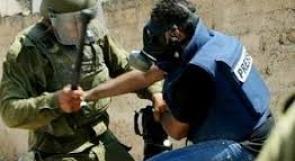"""""""مدى"""" يطالب بتوفير الحماية للصحفيين بغزة"""