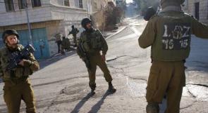 الاحتلال يقتحم بلدتي حزما والطور في القدس