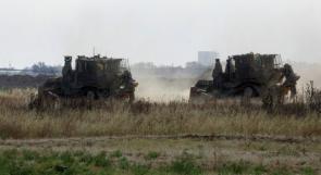 توغل محدود لجرافات جيش الاحتلال شرق غزة