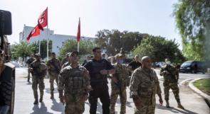 """الشرطة التونسية تقتحم مكتب قناة """"الجزيرة"""" بالعاصمة"""