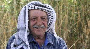 نِذر الحاج عابد ... حفنة تراب استنشقها بعد 45 عاما