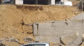 الاحتلال يخطر بلدية قطنة بهدم سور استنادي بنته بتكلفة 400 ألف شيقل