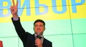 فلاديمير زيلينسكي رئيسًا لأوكرانيا خلفًا لبوروشينكو
