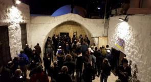 إصابة 4 مواطنين عقب اقتحام مئات المستوطنين مقام يوسف شرق نابلس