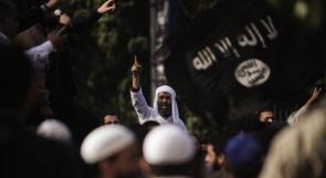 إسلاميون يهاجمون منزل دبلوماسي ايراني بالقاهرة ويرددون هتافات مسيئة للشيعة