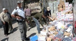 جنين: 'السلامة' العامة تصادر كميات من المواد منتهية الصلاحية في عجّة