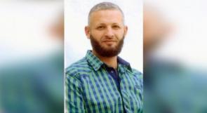 الأسير عبد الحكيم.. دخل السجن طفلاً وخرج منه شائباً والابتسامة باقية
