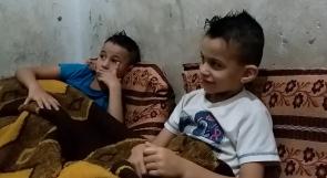 """أم شعبان تناشد عبر """"وطن"""" لعلاج وتأهيل أبنائها المصابين بالتوحد"""