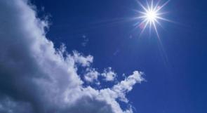 أجواء غائمة جزئيا والحرارة أعلى من معدلها