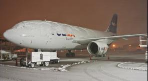ابتكار جديد لإذابة الجليد من على أجنحة الطائرات