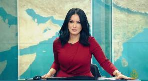 """مذيعة جزائرية تلمح إلى أسباب استقالتها من قناة """"الجزيرة"""""""