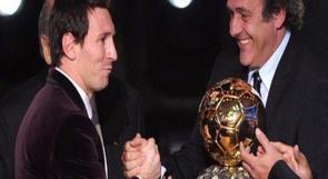 """""""القاتل"""" ميسي أفضل لاعب بالعالم للعام 2011"""