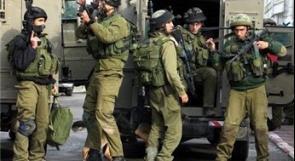 قوات الاحتلال تعتقل 3 مواطنين من الخليل