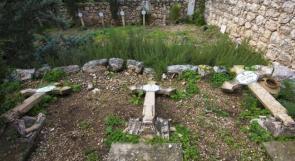 تخريب عشرات القبور في مقبرة دير بيت جمال