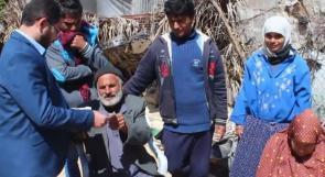 """بعد تقرير لـ """"وطن"""": بالفيديو.. خان يونس: عائلة فقيرة تحصل على كفالة شهرية"""