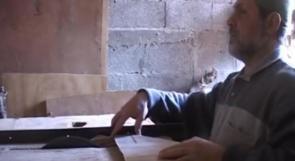 """خاص لـ """"وطن"""": بالفيديو.. قلقيلية: الكفيف """"أبو صابر"""" بين الإبداع وافتقار الدعم"""