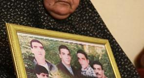 """سنديانة فلسطين"" ام ناصر ابو حميد.. تشارك ابناءها الاسرى اضرابهم"