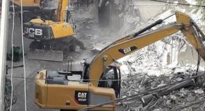الاحتلال يرتكب مجزرة هدم طالت 20 محلاً تجارياً في شغفاط