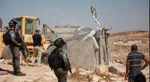 الاحتلال يهدم 4 محال تجارية قيد الإنشاء في دير قديس