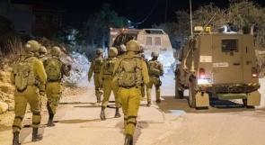 الاحتلال يعتقل ثلاثة شبان من ضاحية شويكة