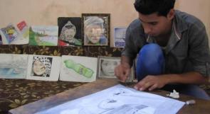 """خاص لـ""""وطن: بالفيديو.. غزة: """"نجم"""" يحلم بالنجومية برسوماته ثلاثية الأبعاد"""