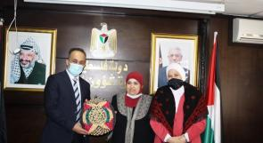 """بنك القدس يُطلق مبادرة """"يدَويّ"""" لمناسبة يوم التراث الفلسطيني بالشراكة مع وزارة شؤون المرأة"""