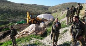 الاحتلال يهدم منشأة زراعية جنوب الخليل