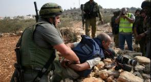 التجمع الإعلامي الشبابي: الاحتلال اعتقل 5 صحفيين واقتحم مؤسسات إعلامية
