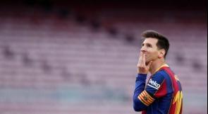 ميسي يوافق على تمديد عقده مع برشلونة
